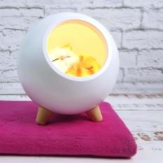 LED Ночник Спящий кот в домике белый 004917-1